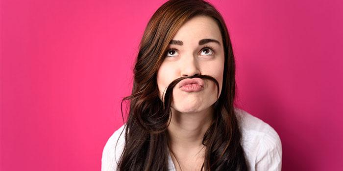 为什么女生也会长小胡子?